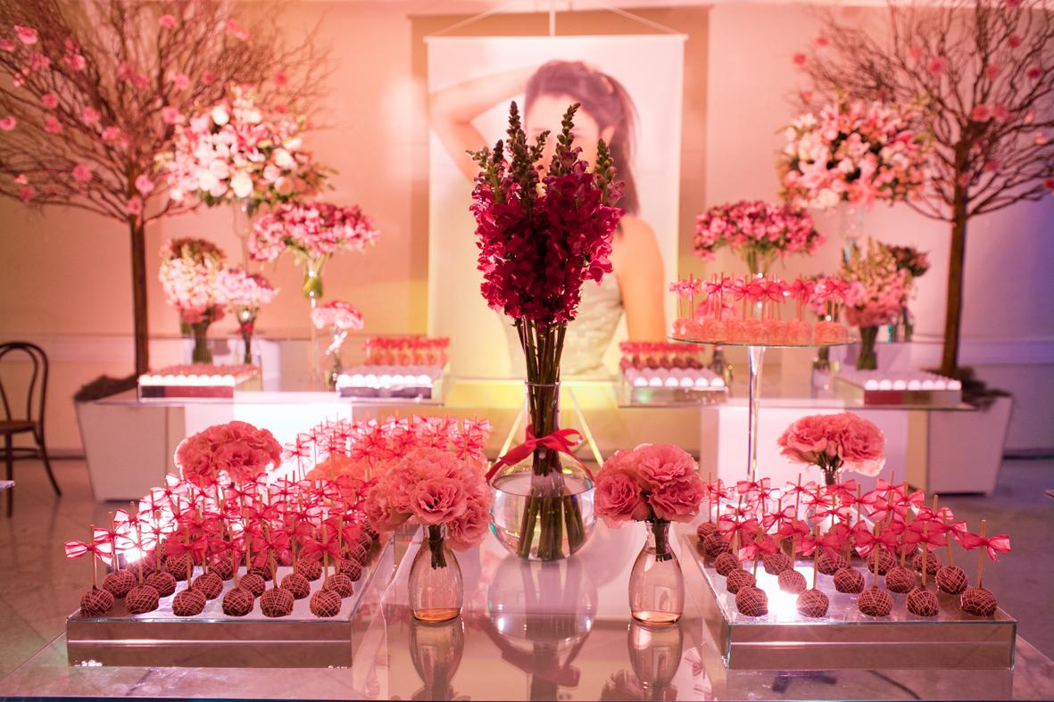 Decora o de festa 15 anos 60 fotos lindas for Mesas de centro bonitas