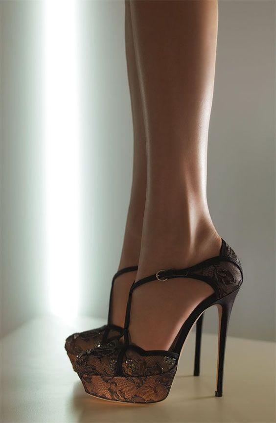 7701402a7 Sapatos de 15 Anos: 60+ Modelos & Referências Lindas!