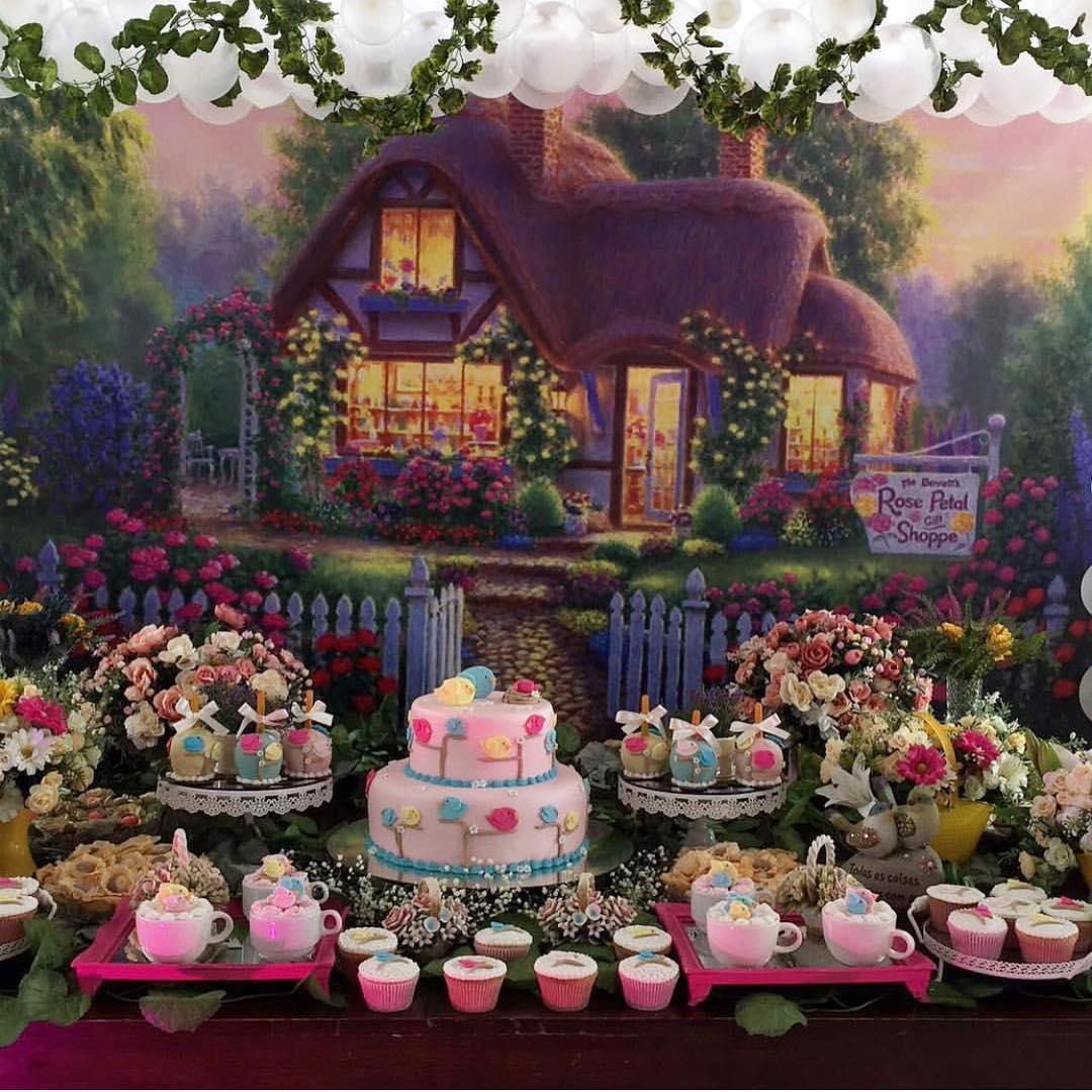 decoracao jardim encantado rustico:Imagem 32 – Combinação clássica de cores que não tem como errar