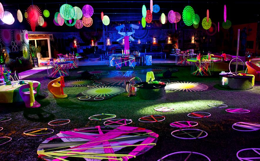 Festa de 15 anos neon 60 ideias fotos lindas for Ornamentacion de 15 anos