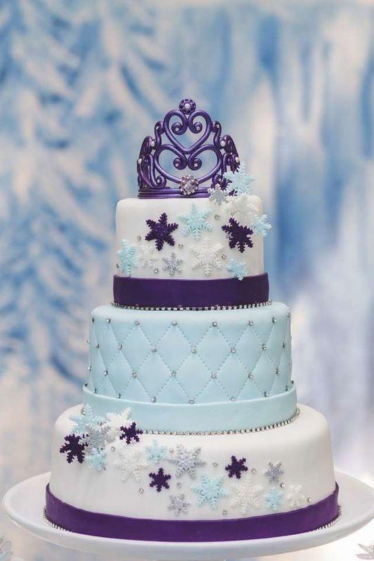 gâteau reine des neiges en pâte à sucre