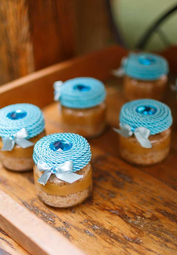 Bolo no pote: uma lembrancinha deliciosa para os convidados levarem para casa