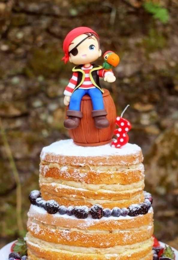 Naked cake pirata
