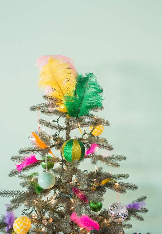 Pena, plumas e cores na decoração