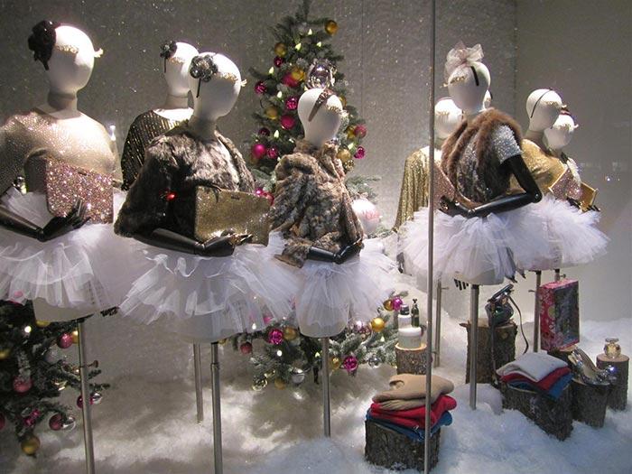 Decoração para loja de roupas femininas