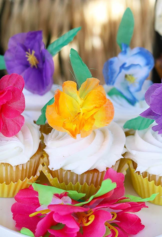 Cupcakes com a cara do Havaí