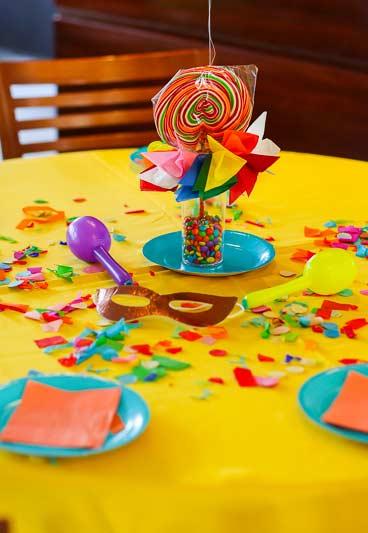 Todas as cores e doces convidados para a festa