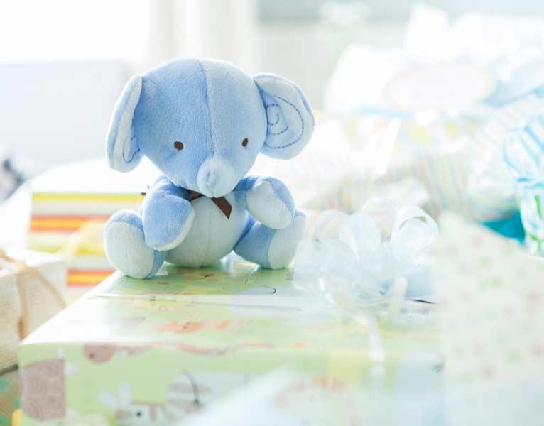 Como organizar chá de bebê: lista de presentes