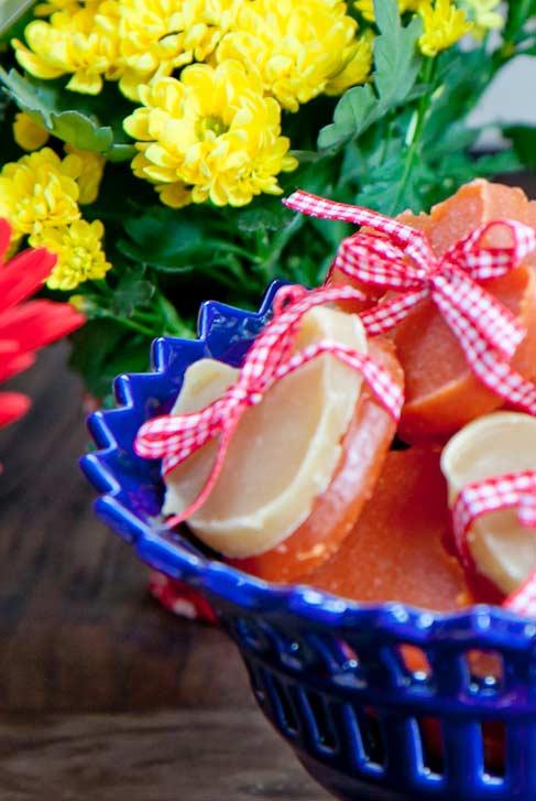 Um mix de doces para presentear os seus convidados