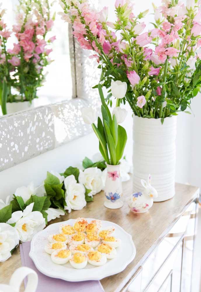 Tem decoração mais linda do que usar arranjos de flores?