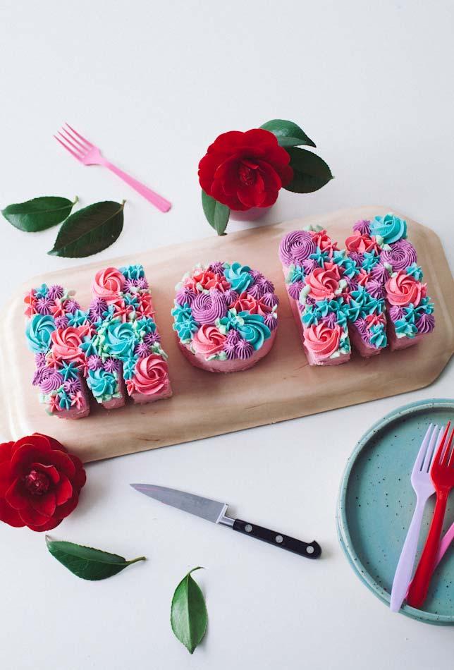 Um bolo em formato diferente