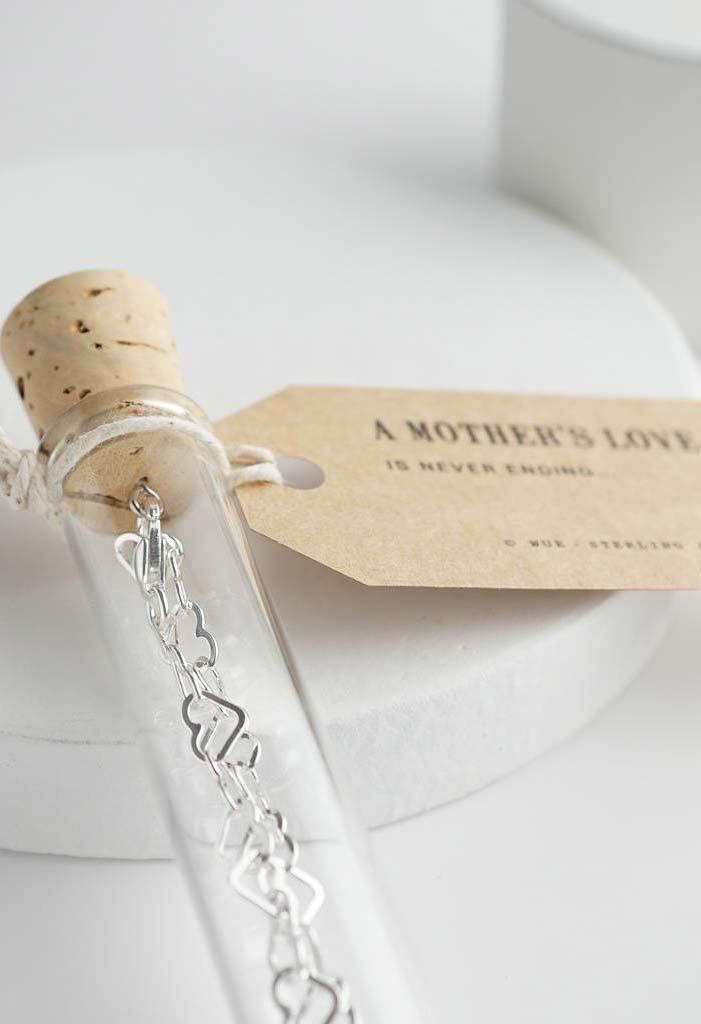 Tubinho cheio de amor de mãe
