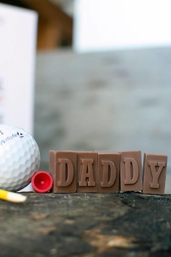 Chocolates também podem ser colocados dentro da temática
