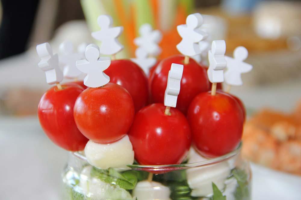 Espetadinha de tomate-cereja