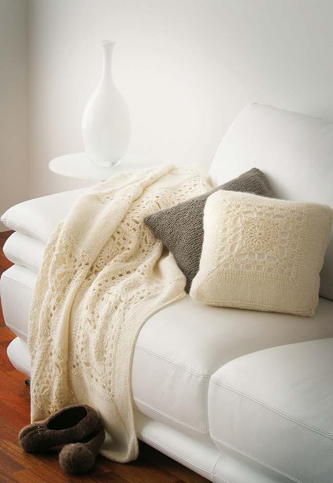 Almofada de crochê delicada