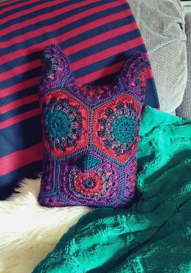 Almofada de crochê coruja