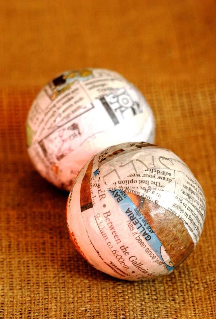 Artesanato com jornal: bolinhas revestidas