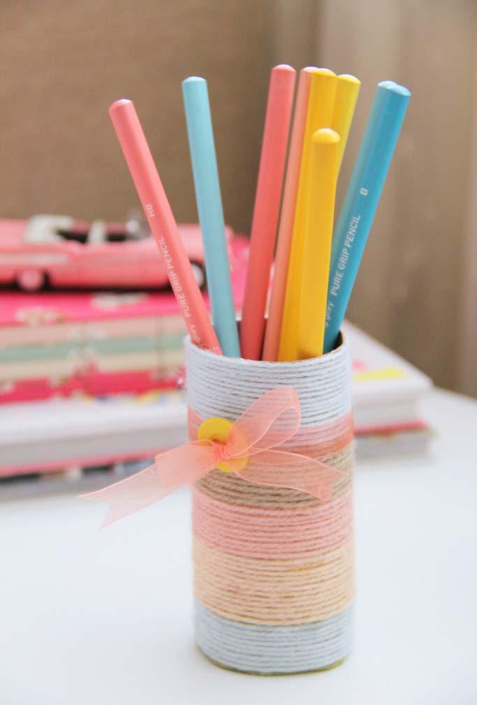 Porta-lápis sustentável de rolo de papel-higiênico