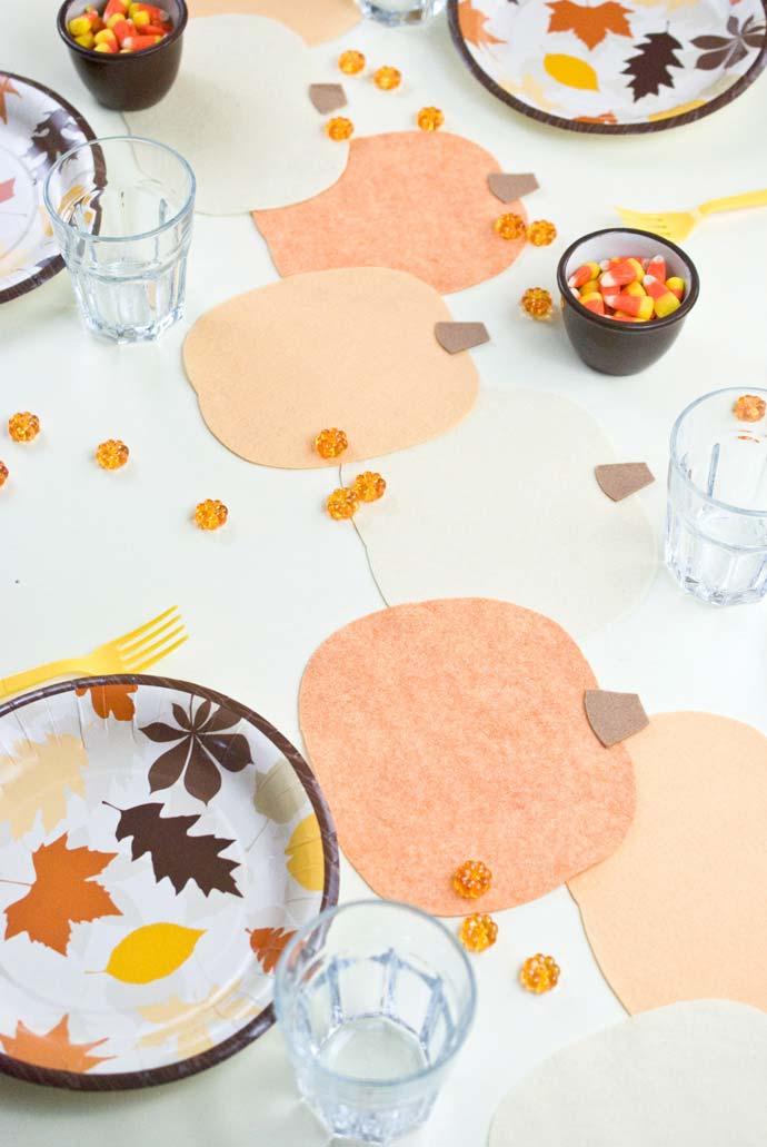 Frutas em feltro para decorar a mesa