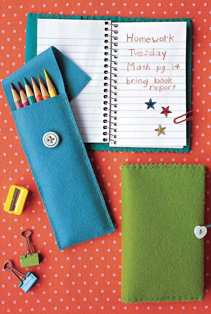 Customize o material escolar do seu filho, fazendo estojo de feltro e encapando os cadernos com o material