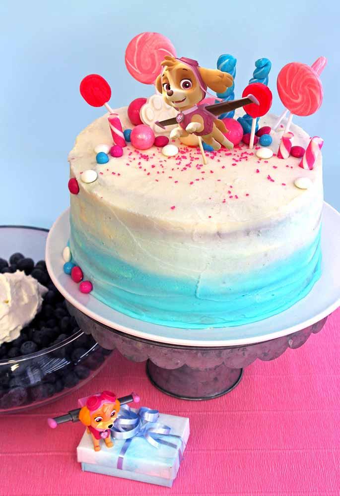 Festa patrulha canina simples: aposte em uma decoração criativa e básica para o seu bolo para arrasar!