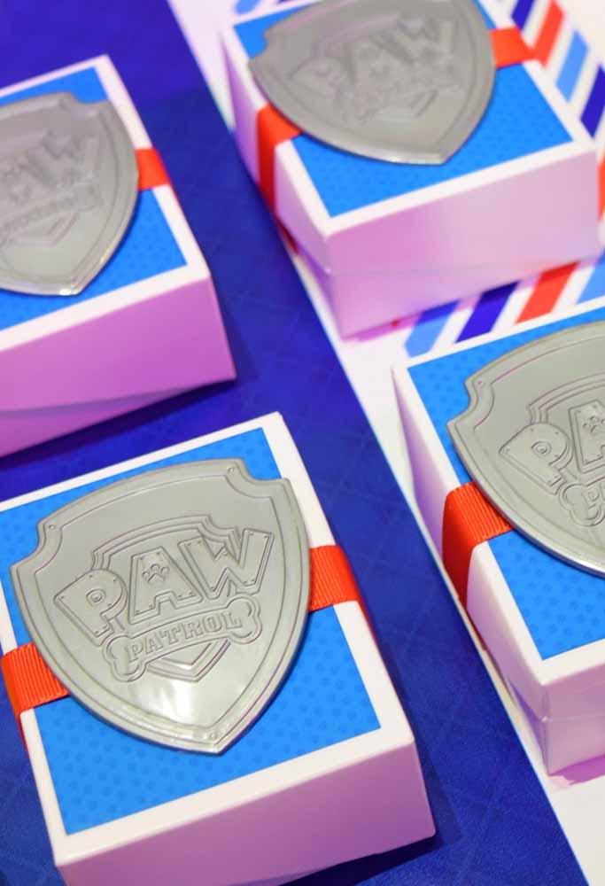 Distintivos são itens indispensáveis para os seus futuros patrulheiros e perfeitos como lembrancinhas