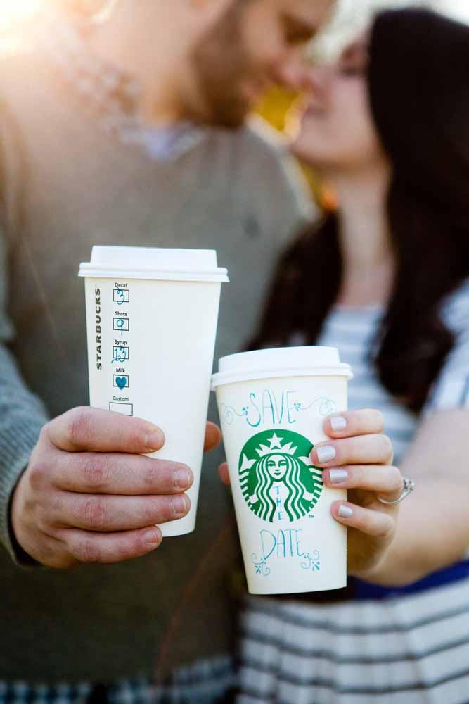 Ele ama ela, ela ama ele e os dois amam café!