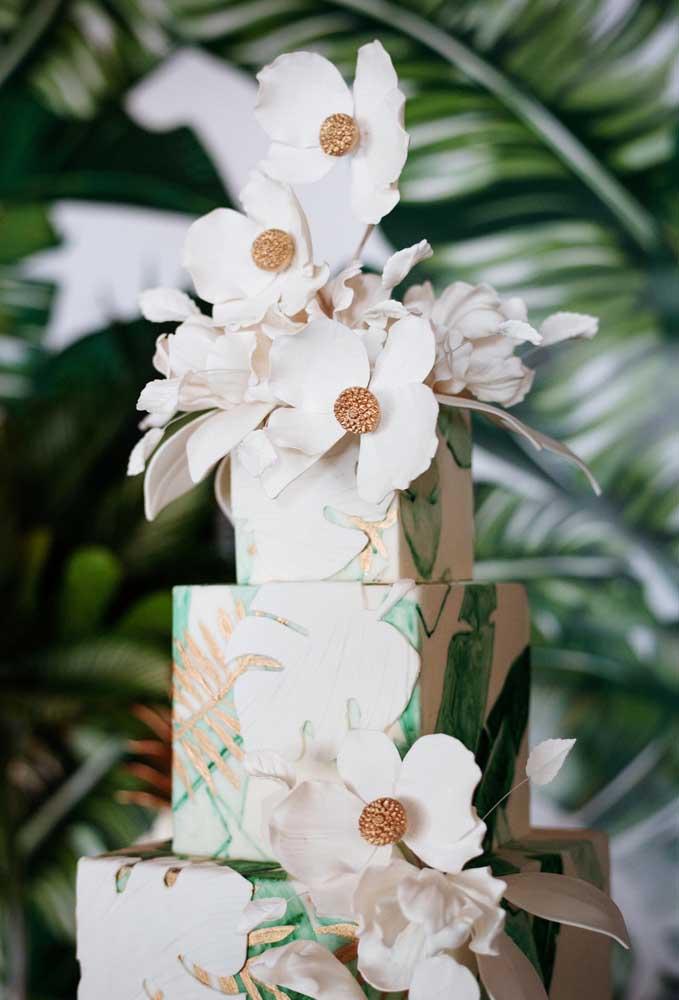 Fazendo combinações com elementos decorativos você consegue criar uma decoração incrível para o casamento na praia.