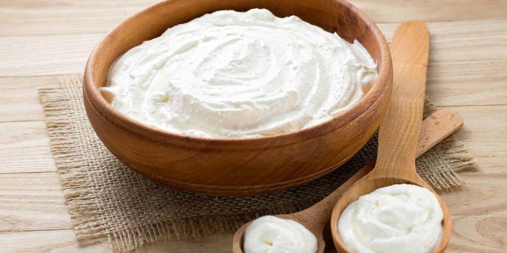 Confira as melhores receitas de creme de leite caseiro